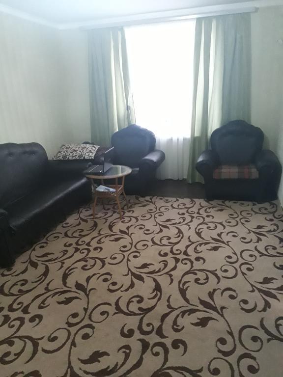 Отель Бешазор